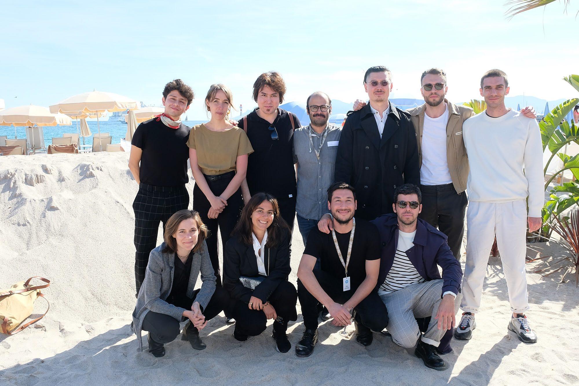 Les réalisateurs de La Résidence de la Cinéfondation (sessions automne 2018 et printemps 2019)  au pavillon du CNC sur la plage du Gray d'Albion à Cannes